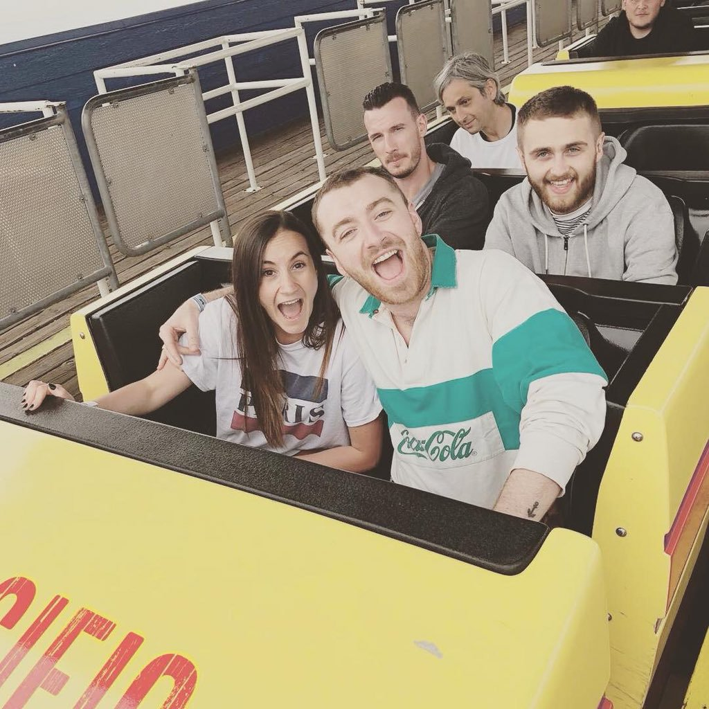 PHOTO: Sam Smith on a roller coaster